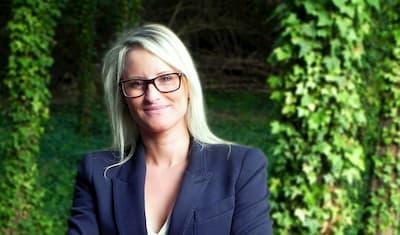 Rachel Vanblaere  Assistante administrative